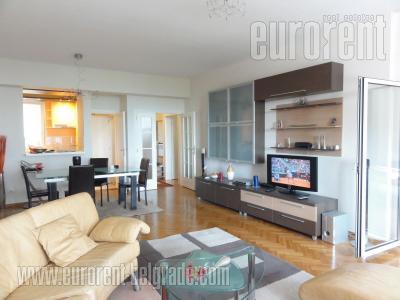 Izdavanje, Stan, BEOGRAD, NOVI BEOGRAD, YUBC, 75 m2, 550 EUR mesecno - id#30343