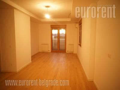 Izdavanje, Stan, BEOGRAD, NOVI BEOGRAD, A BLOK, 59 m2 + ter, 700 EUR mesecno - id#37575